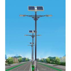 高杆灯、环球太阳能、高杆灯供应商图片