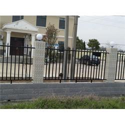 博达护栏网厂(图)-别墅区围栏多少钱一米-硚口别墅区围栏图片