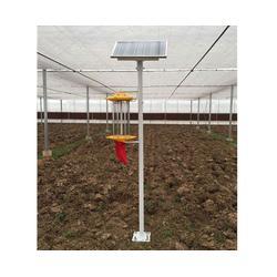 合肥太阳能杀虫灯,安徽普烁光电,果园太阳能杀虫灯图片