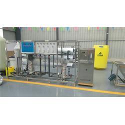 防冻液玻璃水设备_泰瑞格环保科技_辽宁玻璃水设备图片