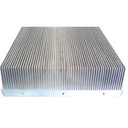 西竹散热器|豪阳电子散热器厂(在线咨询)|散热器图片