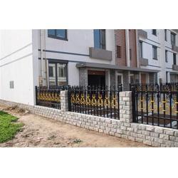 连云港铝艺大门和护栏,铝艺大门和护栏厂家,泉盛门业图片