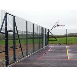 网球场护栏网参数 腾佰丝网(在线咨询) 网球场护栏网图片