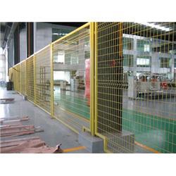 铁丝护栏网专业生产厂家-腾佰丝网(在线咨询)绍兴铁丝护栏网图片