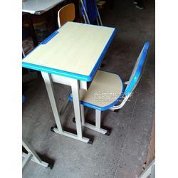 厂家学生课桌椅培训钢架课桌椅学习桌椅图片