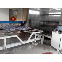 单针电脑绗缝机 各种被子绗缝引被机 花型多的绗缝机报价图片