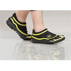广东五趾鞋|五趾鞋|彪凌运动用品(优质商家)图片