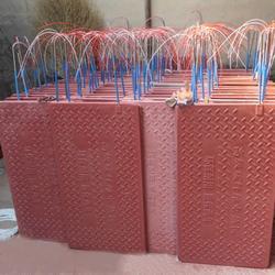 强旺养殖设备厂家直销(图)、仔猪电热板规格、许昌仔猪电热板图片