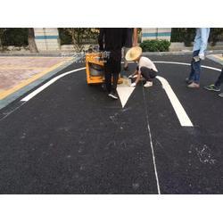 横岗学校车位划线施工,横岗停车位划线厂家,横岗小区车位划线规划设计图片