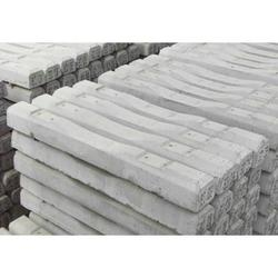 煤矿用水泥枕木-阿拉善盟矿用水泥枕木-协盈铁路配件棒棒的图片