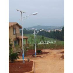 新农村太阳能路灯图片