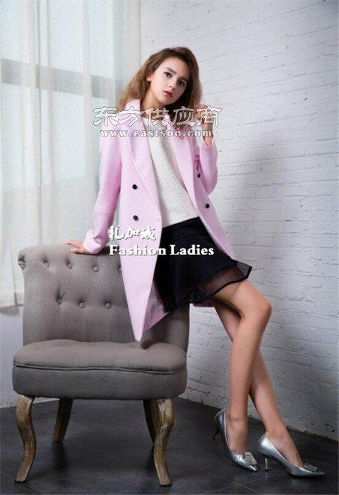IAM27品牌女装折扣加盟厂家一手货源图片