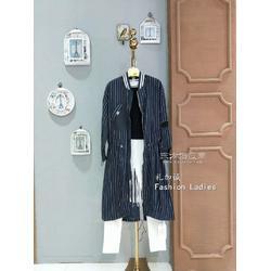 格子廊一线品牌女装折扣店就找明浩商贸图片