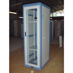 服务器机柜生产厂家、康盾普(在线咨询)、南宁服务器机柜图片