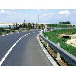 南宁生命防护工程护栏板,公路生命防护工程护栏板,泰昌护栏图片