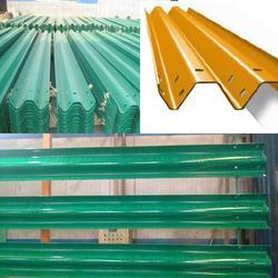 昭通浸塑护栏板 泰昌护栏 高速热镀锌浸塑护栏板图片