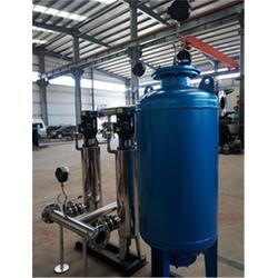 正济消防泵行业先锋(图)、二次供水设备安装、新泰供水设备