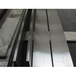 莱芜不锈钢扁钢厂家,天大不锈钢,鄄城不锈钢扁钢厂家图片