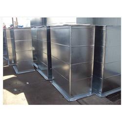 新灵空调澳门金沙娱乐平台质量保证|威海镀锌板角钢法兰风管图片
