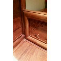 嵘辉红木家具为您服务,白云区家具翻新,实木家具翻新图片