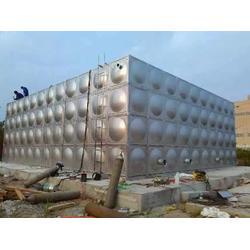 聚氨酯发泡保温水箱、苏州横泾方圆(在线咨询)、南京水箱图片