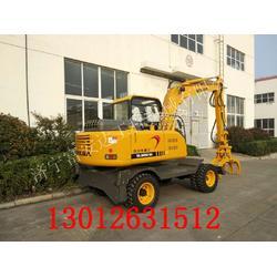 轮式挖掘机装甘蔗的挖机DLS880甘蔗装卸图片