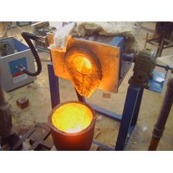 不锈钢中频熔炼炉-禹会区中频熔炼炉-领诚电子图片