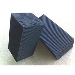 蜂窝型活性炭销售、苏州活性炭、禅融鑫机电(查看)图片