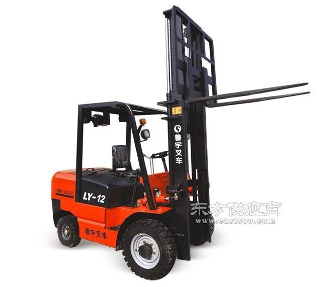小型柴油叉车、小型叉车、鲁宇重工服务有保障(查看)图片