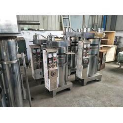 芝麻香油液压榨油机、金业机械专业服务、液压榨油机图片