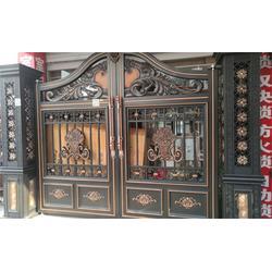 别墅铝艺大门,鸿盈金属(在线咨询),南京铝艺大门图片