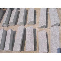 五莲永鑫石材厂、S形路沿石、S形路沿石哪里有图片