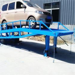 北工机械移动式(图)、移动式登车桥技术参数、广西移动式登车桥图片