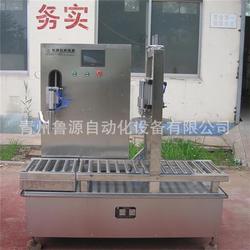 泰安润滑油灌装,鲁源油类灌装机,润滑油灌装机械图片