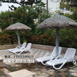 酒店泳池户外泳池躺椅舒适的游泳馆躺椅图片