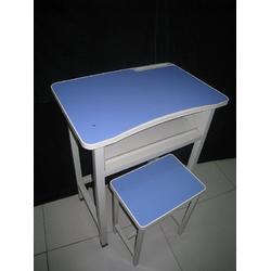 课桌椅订制 鹤壁课桌椅 【成龙教学】(查看)图片