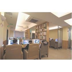 专业网吧装修设计公司_泰安网吧装修_冠品家具(查看)图片