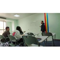 成人英语周末班哪家好_成人英语周末班_利阳外语培训图片