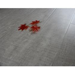 工程用木地板|歌尔地板(在线咨询)|木地板图片