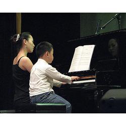 太原短期鋼琴培訓-伯牙藝術-短期鋼琴培訓機構圖片