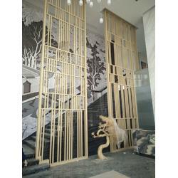 酒店大堂木纹铝屏风,仿古铝窗花,诚信厂家直供图片
