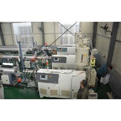 pvc管生产设备、同三塑机、高速pvc管生产设备图片
