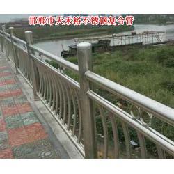 福建工程不锈钢立柱生产图片