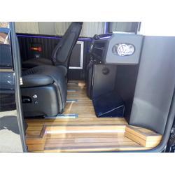 改装房车哪里好,聊城改装房车,爱旅房车(查看)图片
