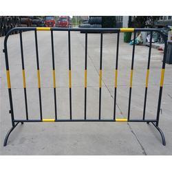 不锈钢铁马,合肥饰界铁马护栏(在线咨询),安徽铁马图片