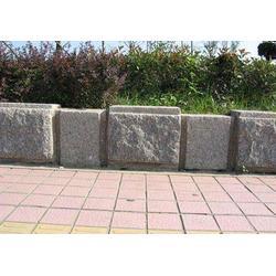 瑞丽路沿石|昕科透水砖|瑞丽路沿石销售图片