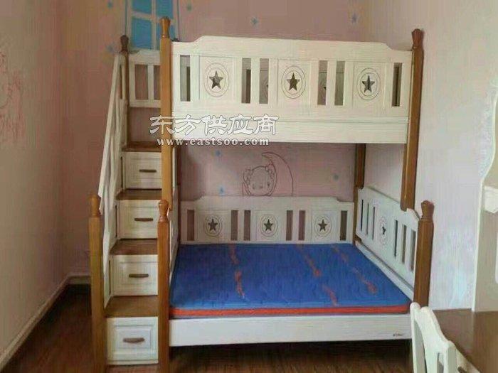 儿童家具-咸阳松堡王国儿童家具-松堡王年家具还散没油漆味道两图片