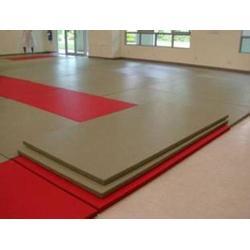 名图体育(图) 训练用摔跤垫生产厂家 安徽摔跤垫图片