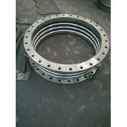 碳钢波纹补偿器专业生产-辉发管件生产商图片
