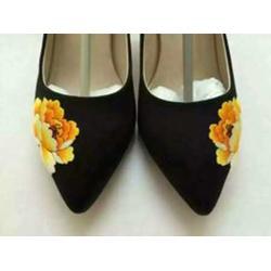 普洱皮鞋哪家便宜 总章服饰私人定制普洱皮鞋